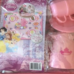 Disney tea party for 2 game rug set